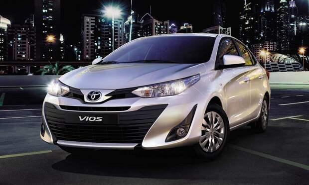 Toyota выводит на российский рынок конкурента Lada Vesta
