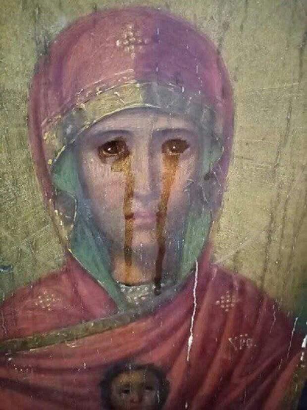 """В Тульской области """"заплакала"""" икона"""
