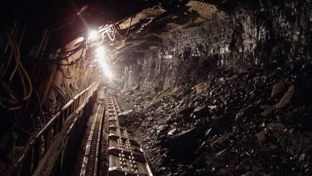 Мощный взрыв прогремел на золотодобывающей шахте в Бурятии