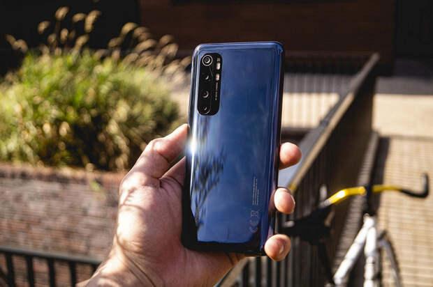 Выбросить телефоны Xiaomi и другие китайские смартфоны и не покупать новые призвало Министерство обороны Литвы