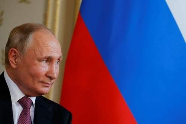 Presidente russo, Vladimir Putin, se reune com presidente suico, Guy Parmelin, apos cupula com o presidente dos EUA, Joe Biden 16/06/2021 REUTERS/Denis Balibouse/Pool