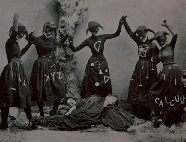 13 пугающих фото, после просмотра которых даже отчаянным храбрецам будет сложно заснуть!