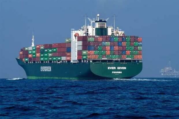 Крупнейший перевозчик открыл маршрут через Россию вобход Суэцкого канала
