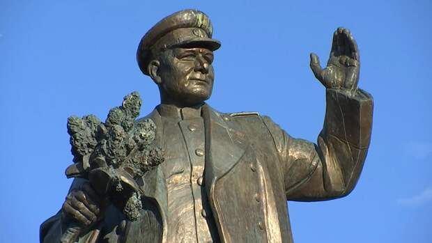 Наши чешские братья снесут памятник маршалу-освободителю Чехословакии