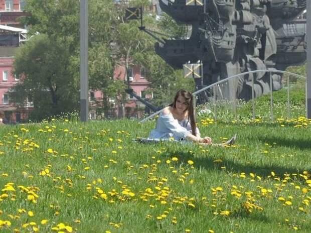 Жителей Москвы предупредили о штрафах за посещение детских площадок в парках