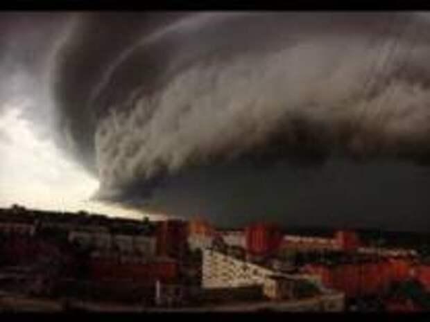 Ураганы и торнадо могут накрыть Москву в ближайшие дни
