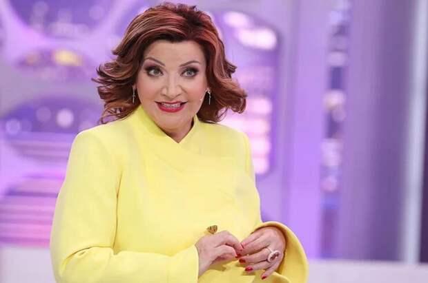 Карантин артистам не помеха: Степаненко обзавелась молодым поклонником, а звезды получили новые контракты