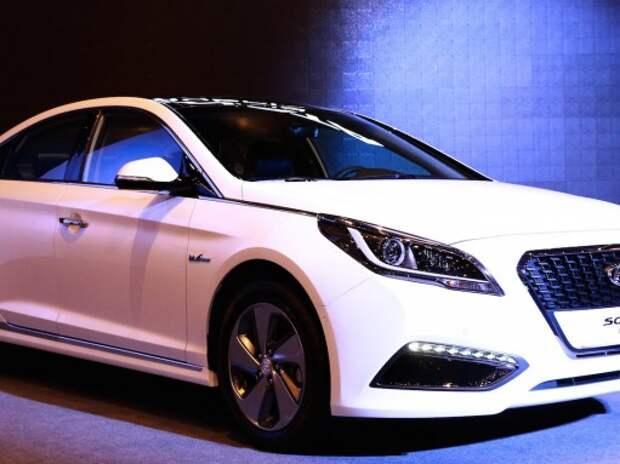 Hyundai представила новую гибридную Sonata