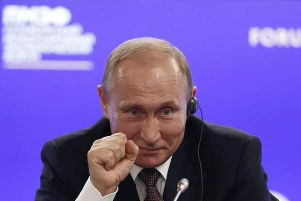 Говорящая голова и реальный президент: как отреагировали американцы на интервью Путина...