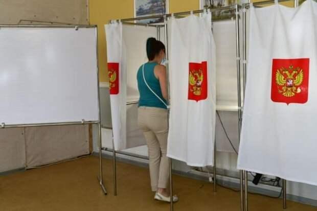 В Крыму открылся 1131 избирательный участок