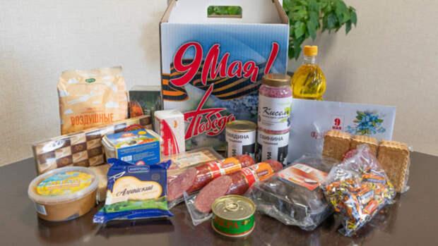 Икра, колбаса и мед: 829 алтайских ветеранов получат продуктовый набор к 9 мая