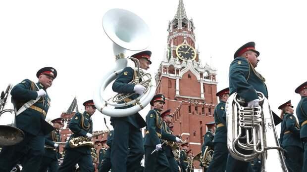 В параде Победы в Москве приняли участие 37 парадных расчетов