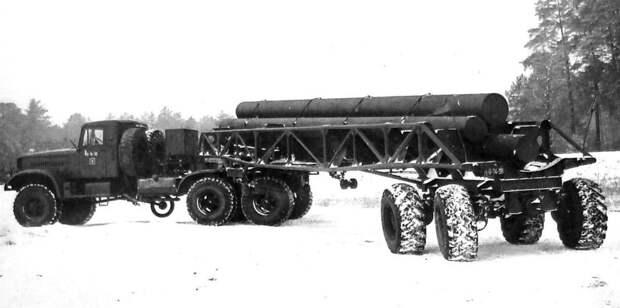Полуприцеп со всеми управляемыми колесами с седельным тягачом на шасси ЯАЗ-214 (из архива НИИЦ АТ) авто, автопоезд