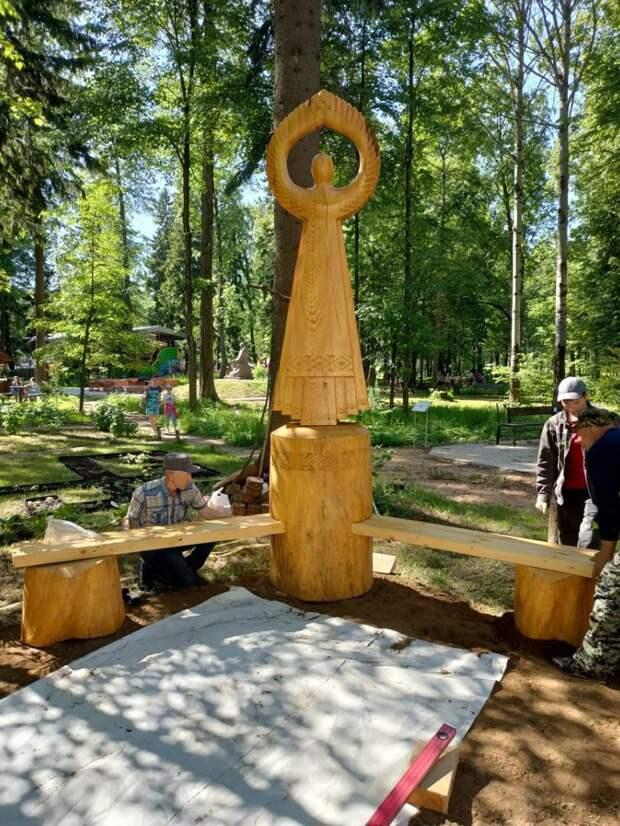Скульптура Матери солнца появилась в парке Космонавтов Ижевска