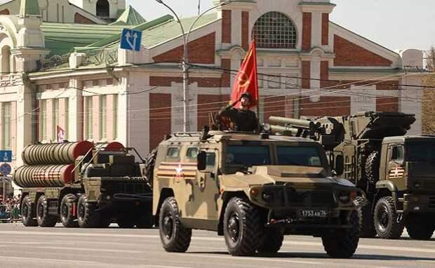 Космический спутник сфотографировал военный парад 9 мая в Новосибирске