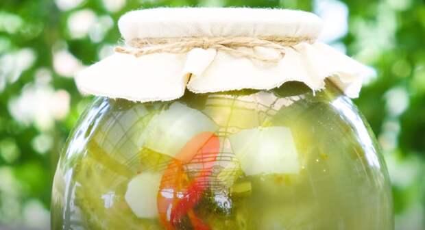 Соленые (квашеные) огурцы на зиму, как из бочки. 2 способа приготовления и хранения