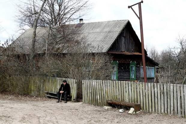 Этому дедушке из Чернобыля 90 лет, и у него есть один секрет!