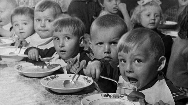 Когда в России появился первый детский сад, и Что русские позаимствовали у немцев