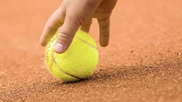 Тренер Марьенко ответила на обвинения 18-летней теннисистки в избиении