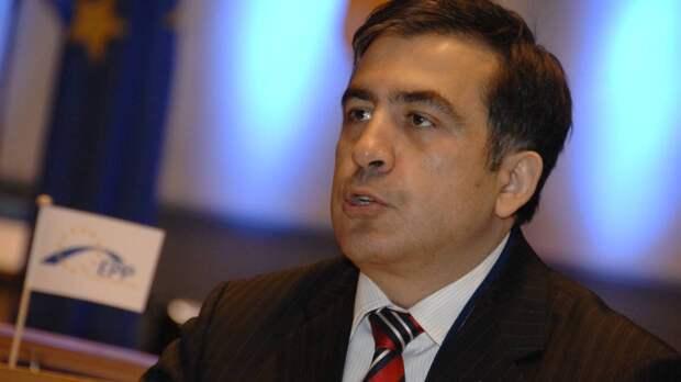 Политолог Гвритишвили назвал выходки Саакашвили поводом для мемов в Грузии