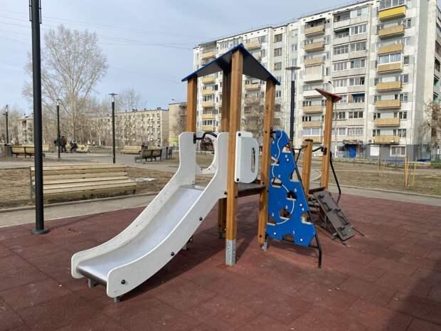 Состояние ещё трех ранее благоустроенных общественных пространств проверили в Братске
