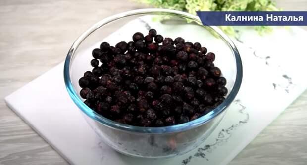 Ягодный десерт из замороженных ягод: трачу 5 минут и вкусно очень