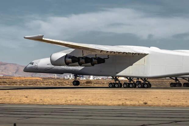 Самый большой самолет вмире второй раз поднялся ввоздух