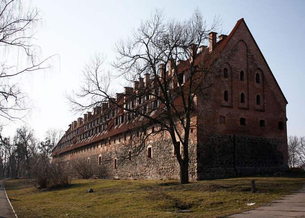 Средневековый замок с непростой судьбой. /Фото: wikipedia.org