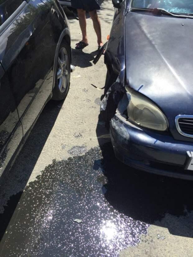 ДТП в Севастополе: пьяный «гусь» протаранил пять автомобилей (фото)