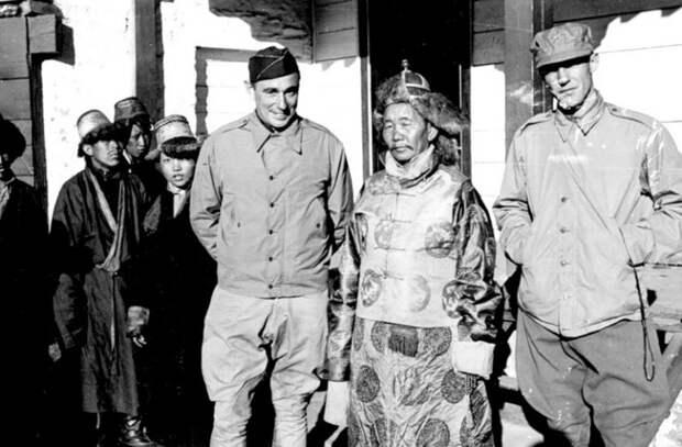 Что нашли в Гималаях секретные экспедиции Гитлера
