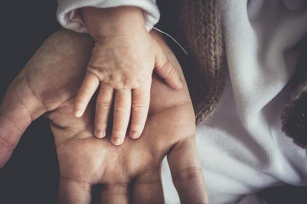 Названы мужские знаки зодиака, которые никогда не бросят своих детей