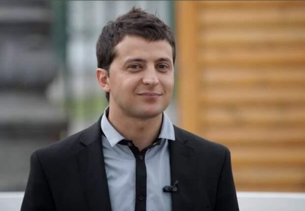 Зеленский сохранил лидерство в президентском рейтинге