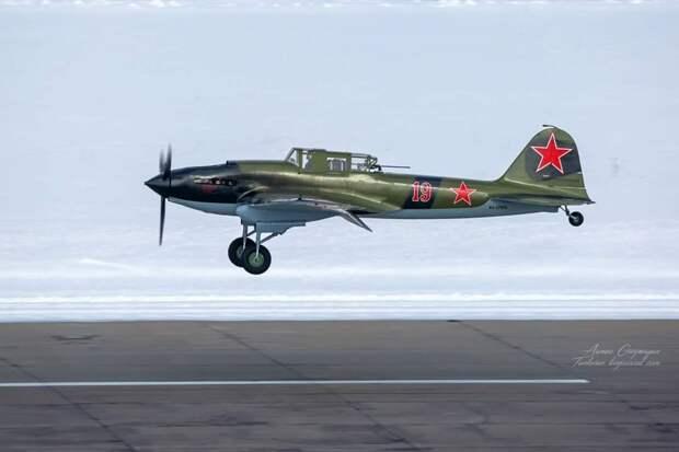 С аэродрома Жуковский в небо снова поднялся легендарный штурмовик Ил-2