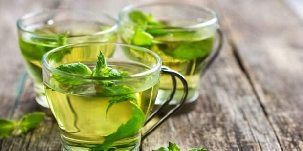 Полезные напитки перед сном: мятный чай