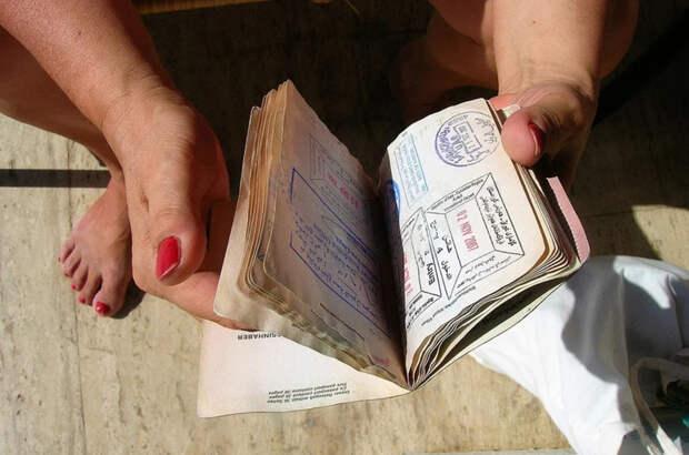Близким родственникам россиян не понадобятся приглашения для виз