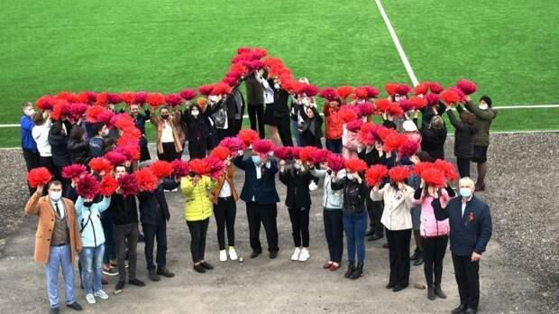 В преддверии 9 мая нижнегорцы присоединились ко Всероссийской акции «Звезда Победы»