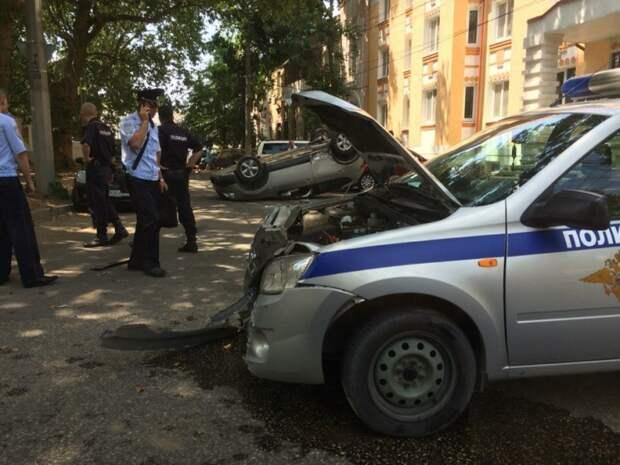 В Симферополе ДТП-перевертыш с участием полиции (фото)