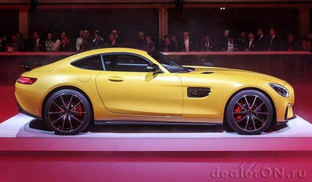Mercedes-AMG GT нацеливается на Porsche 911