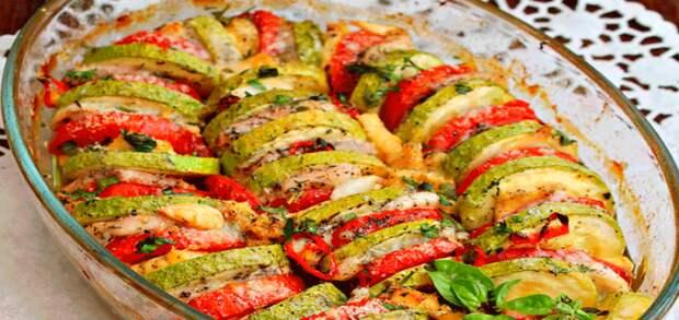 Легкая овощная запеканка с куриной грудкой