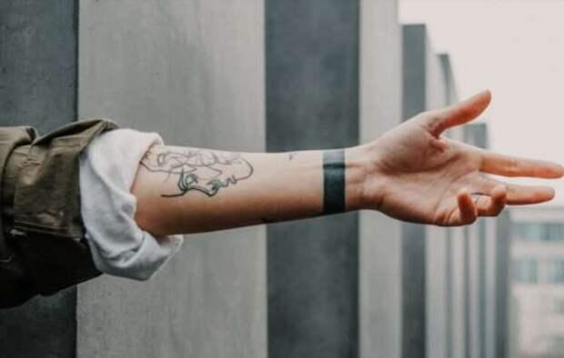 Почему татуировки остаются на всю жизнь? (4 фото)