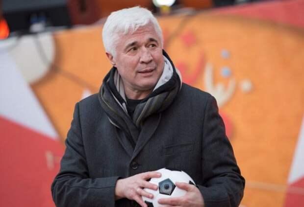 «У нас не «Зенит» со «Спартаком» и «Локо» борется, а «Газпром» хочет доказать, что он круче «Лукойла и РЖД», - Ловчев