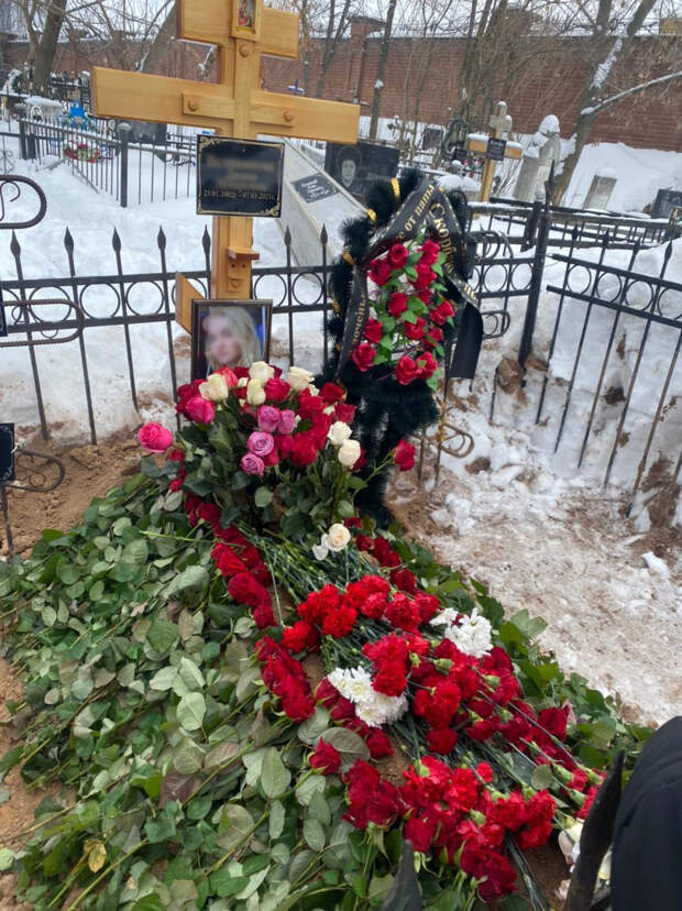 «Ее убил страх быть отвергнутой»: почему в XXI веке россияне продолжают умирать от СПИДа