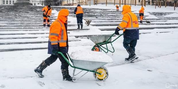 В Бабушкинском до сих пор устраняют последствия снегопадов