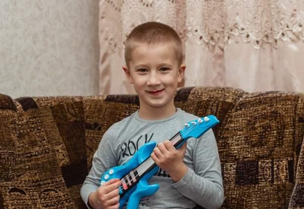 Шестилетнему Степе из Славянска-на-Кубани нужна помощь