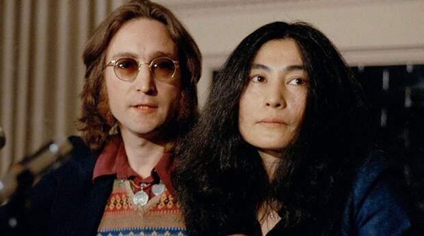 Убийца Джона Леннона попросил прощения у Йоко Оно
