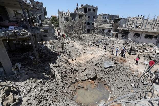 Израиль уничтожил здание министерства труда сектора Газа