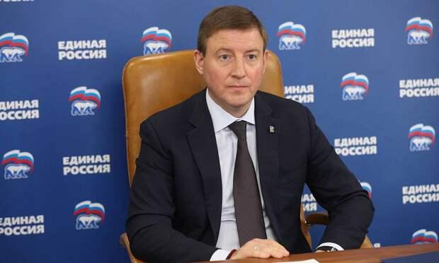 Турчак: все депутаты «Единой России» отчитаются перед людьми освоей работе