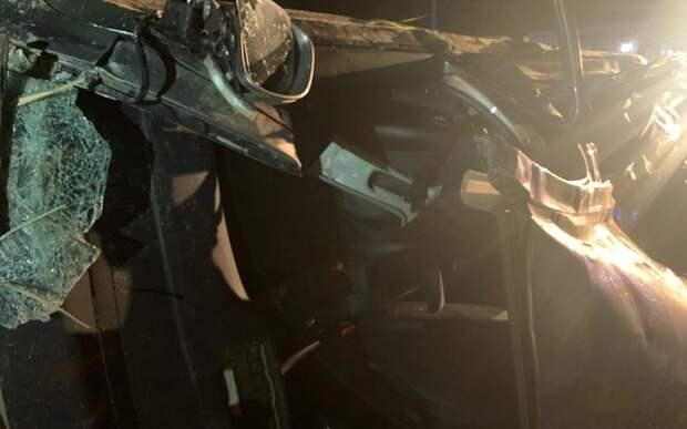 Ночное ДТП в Феодосии: водителя перевернувшегося авто деблокировали спасатели