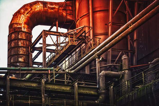 Активисты ставят под сомнение законность строительства цинкового завода в Ольгино