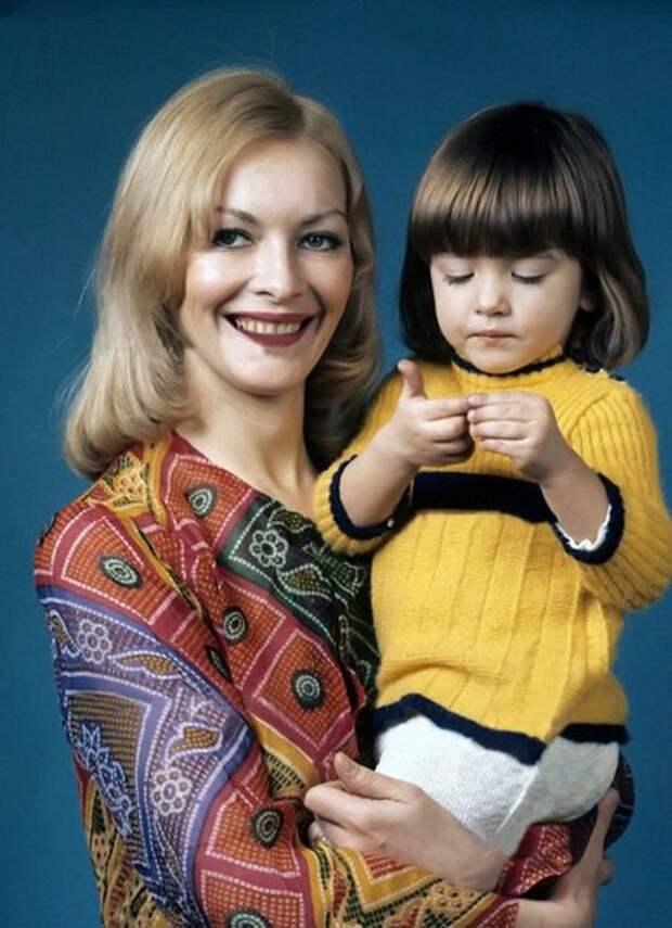 Единственная дочь Барбары Брыльской трагически погибла в 20 лет